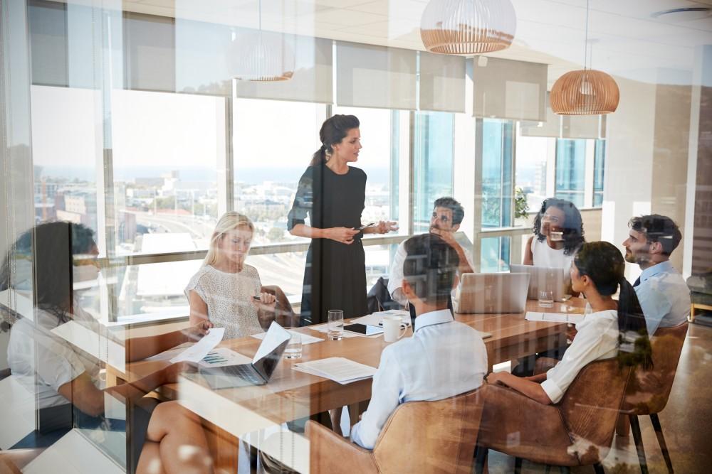 Jak stan psychiczny pracowników wpływa na ich efektywność?